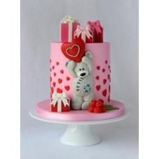 """Торт на День Святого Валентина """"Милый медвежонок с сердечком"""""""