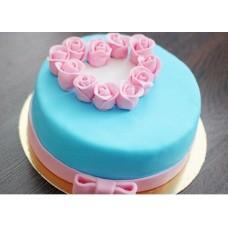 """Торт на День Святого Валентина """"Сердечко из цветов"""""""
