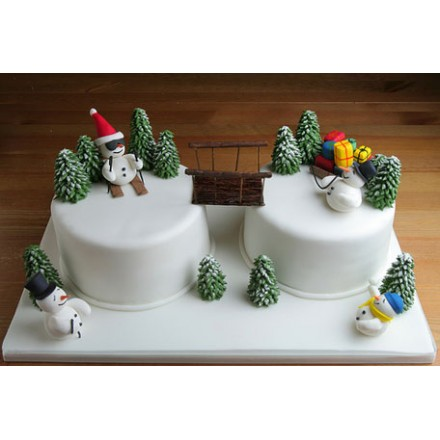 "Торт ""Снеговики с подарками"""