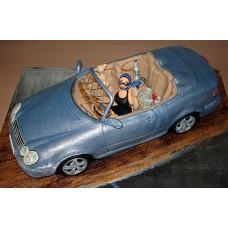 """Торт """"Красотка в серебристом кабриолете"""""""