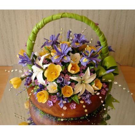"""Торт """"Корзина с цветами и зеленым бантом"""""""