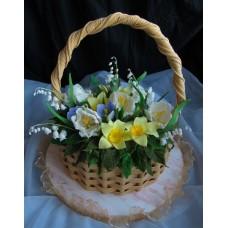 """Торт на 8 марта """"Корзина с весенними цветами"""""""