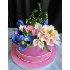 """Торт на 8 марта """"Розовый торт с цветами"""""""