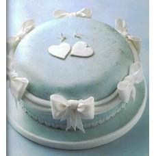 """Торт на свадьбу """"Голуби на шляпке"""""""