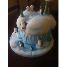 """Новогодний торт на заказ """"Игры пингвинов"""""""