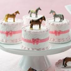 """Пирожные """"Показ лошадей"""""""