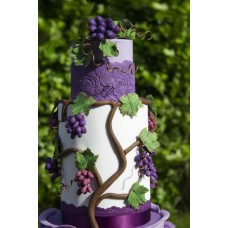 """Свадебный торт """"Сочный виноград"""""""