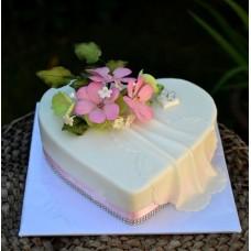 """Свадебный торт """"Сердце нежности"""""""