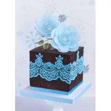 """Торт """"Кружево с голубыми цветами"""""""
