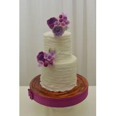 """Свадебный торт """"Фиолетовые цветы на белом фоне"""""""