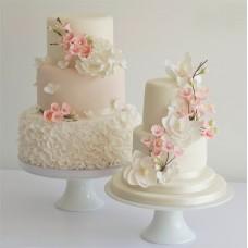 """Свадебный торт """"Лепестки цветов"""""""