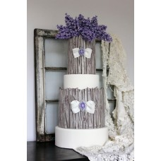 """Свадебный торт """"Сирень и брошки"""""""