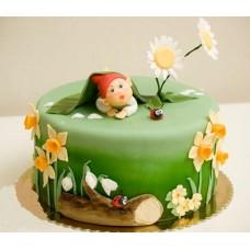 """Детский торт """"Гномик на полянке"""""""