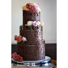 """Торт """"Розы на шоколадных узорах"""""""