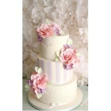 """Свадебный торт """"Лиловые полоски с розами"""""""