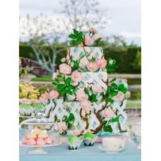 """Свадебный торт """"Сад с розовыми кустами"""""""