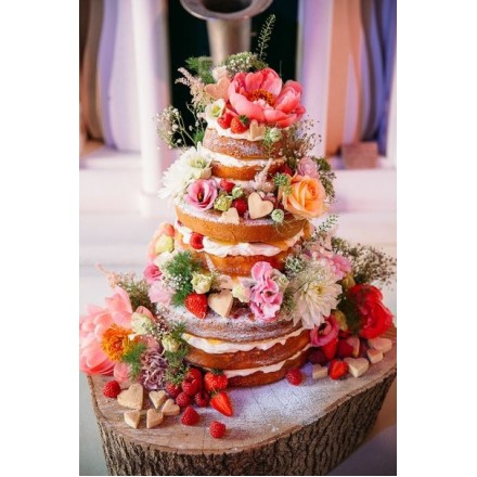 """Торт """"Ягодно- цветочный танец"""""""
