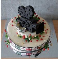 "Торт для артиста ""Киносъемочная камера"""