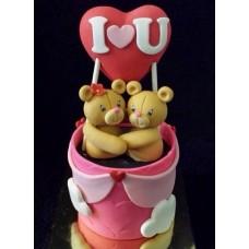 """Торт на день влюбленных """"Мишки под сердцем"""""""