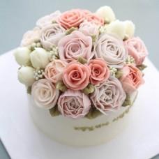 """Торт с цветами из крема """"Стильный букет невесты"""""""