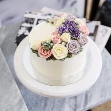 "Торт с цветами из крема ""Розочки"""