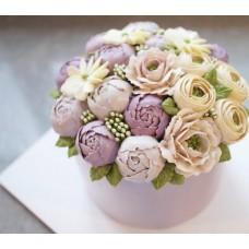 """Торт с цветами из крема """"Разноцветные пионы"""""""