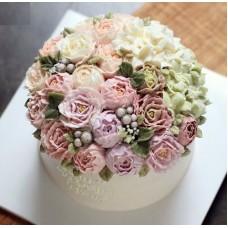 """Торт с цветами из крема """"Свадебная композиция цветов"""""""