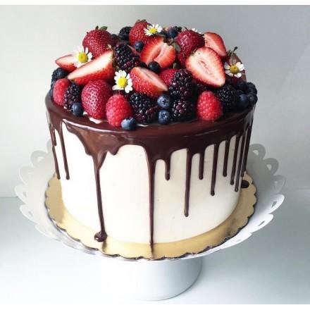"""Торт """"Сочная горка ягод"""""""