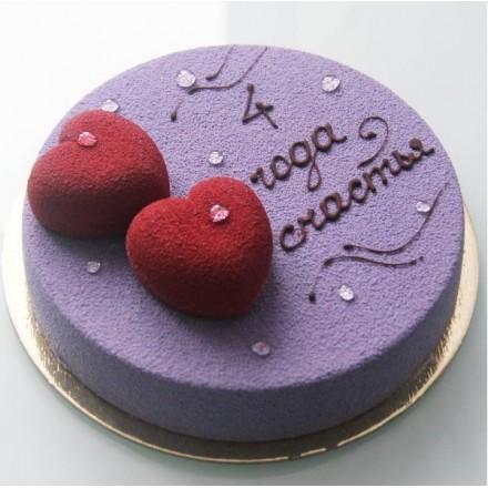 """Торт с велюровым покрытием """"Любовь двух сердец"""""""